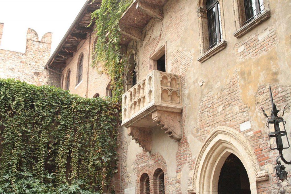 verona, balcony, romeo